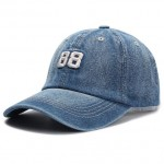 Washed baseball cap with embroidery